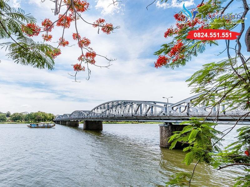 Tour Sài Gòn - Huế - Động Thiên Đường 3n2đ 5
