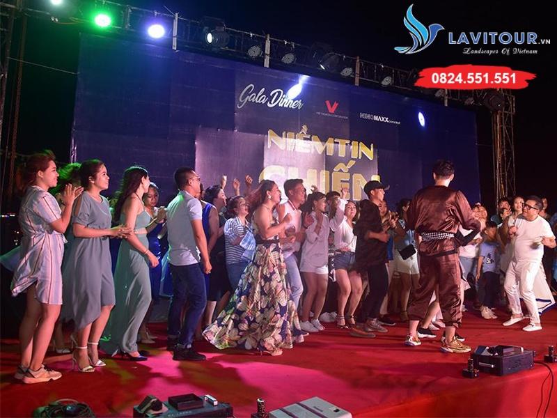 Tour Nha Trang - Tứ Đảo - Vinpearl Land 3n3đ 11