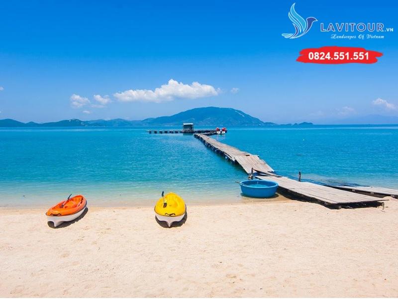 Tour Nha Trang - Điệp Sơn - Đường Dưới Biển 4n3đ 11