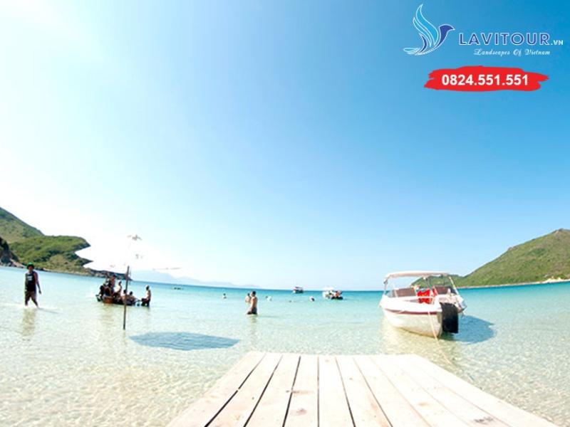 Tour Nha Trang - Dốc Lết - Đảo Robinson 3n3đ 4